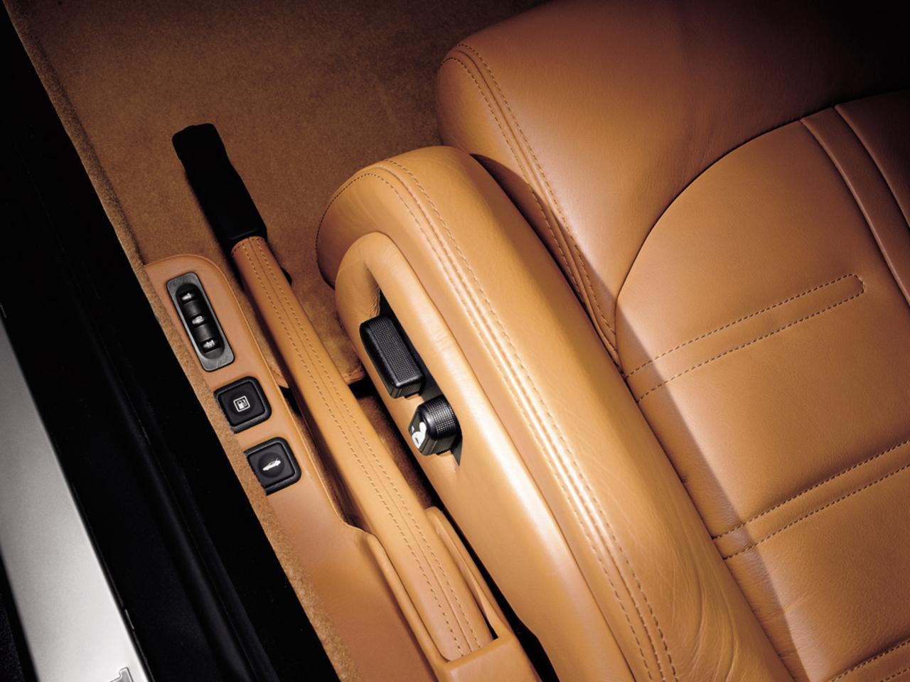 575M Maranello, seat control