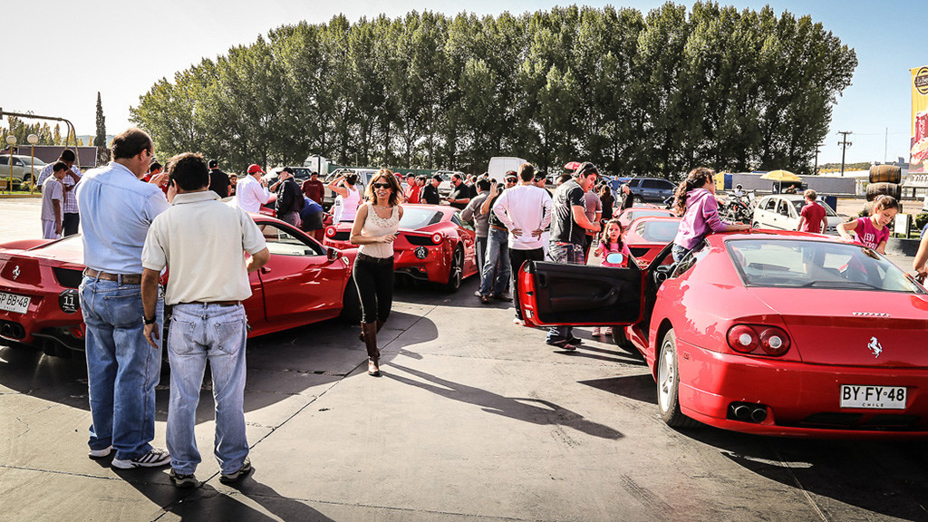 Ferrari-220.jpg
